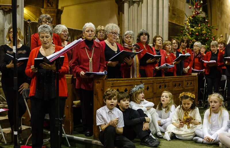 Viva! and Skylarks Christmas concert in St Georges church, 2015
